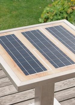 Ein GK Solartisch im Freien